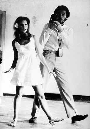 Gianni e Pat via Tacito specchio 1968.jpg (65853 byte)